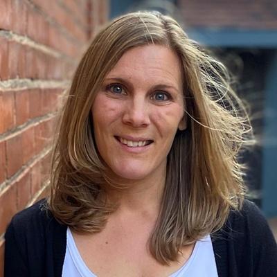 headshot of Amanda Jeffers, Graphic and Web Designer